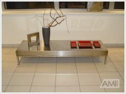 Antikorový konferenčný stolík